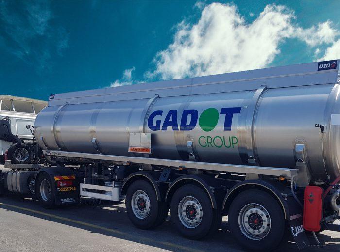 gadot-truck